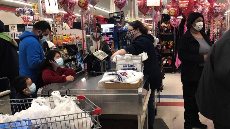Shoppers swamp stores as ice storm approaches parts of Mid-South