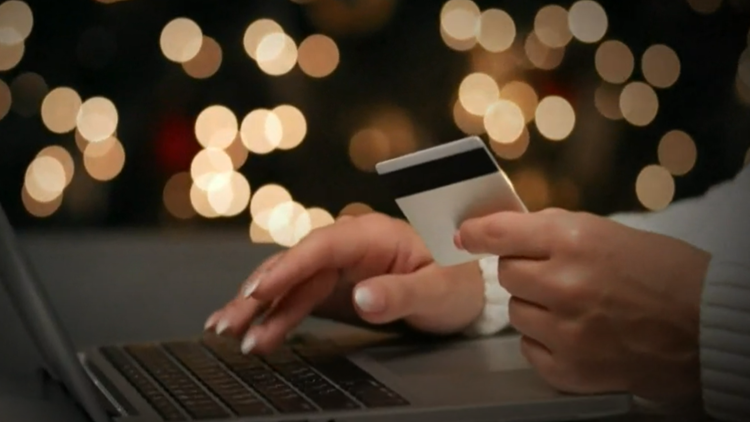 How to avoid scams during last weekend of holiday shopping