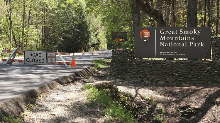 Great Smoky Mountains begins reopening in phases