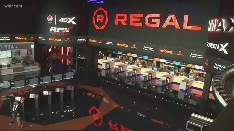 Regal temporarily closes all U.S. theaters starting Thursday