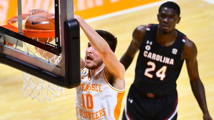 No. 19 Tennessee bounces back against South Carolina with a season-best performance from Fulkerson, Bailey