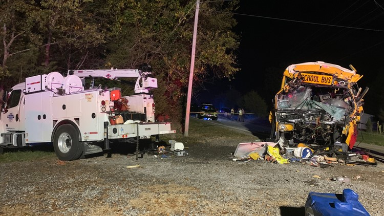 2 killed in Tennessee crash involving school bus, utility truck