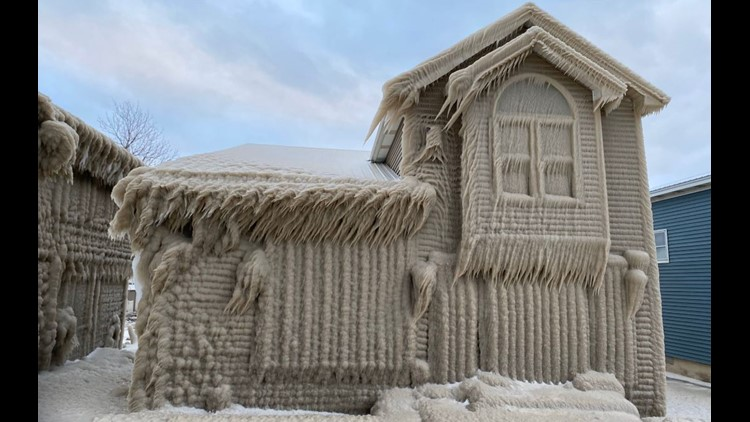 Incredible photos show New York homes covered in ice near Lake Erie