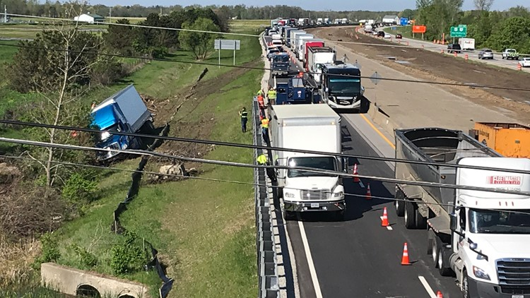 I-71 North reopens in southern Franklin County after debris cleaned up from crash