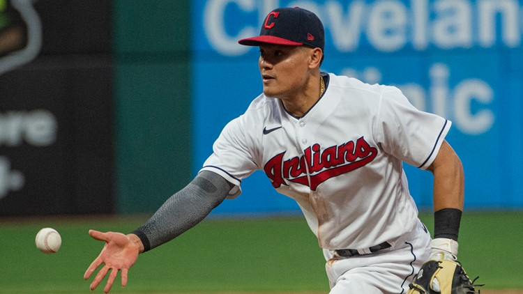 Indians 1B Yu Chang receives racist tweets after making error
