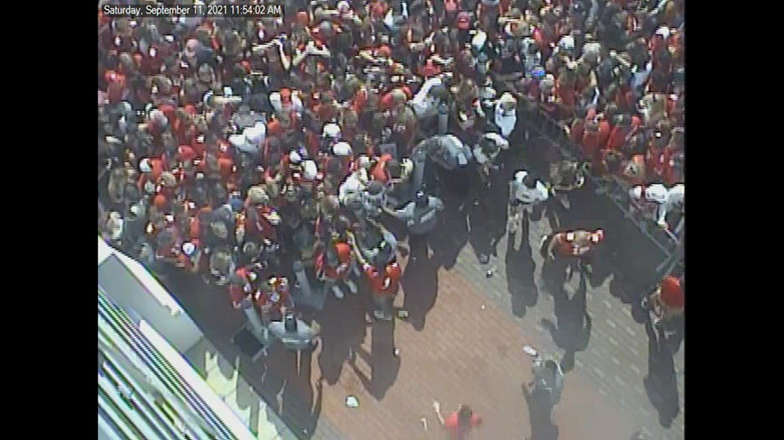 Ticket issues cause backup of people trying to enter Ohio Stadium
