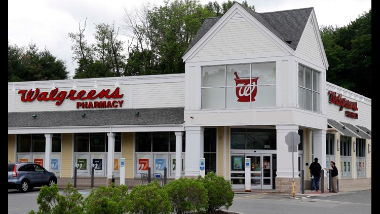 Longtime Phony Walgreens Pharmacist Gave Out 745 000 Prescriptions
