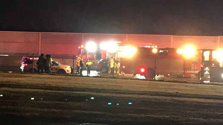 2 killed in wrong-way crash on I-71 south in north Columbus