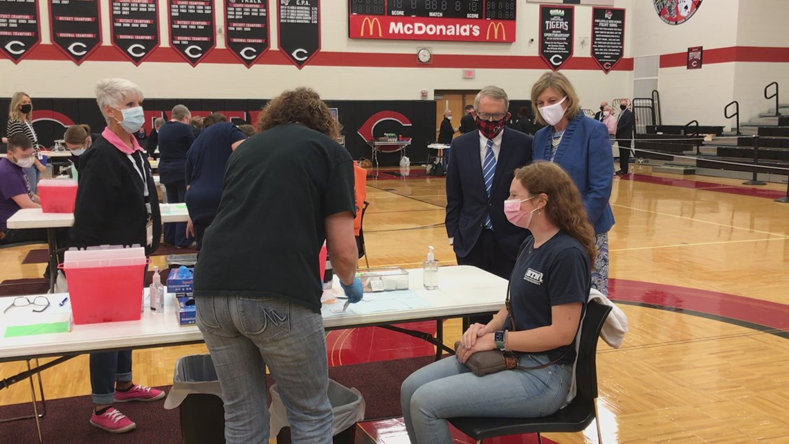 Gov. Mike DeWine visits vaccine clinic at Circleville High School