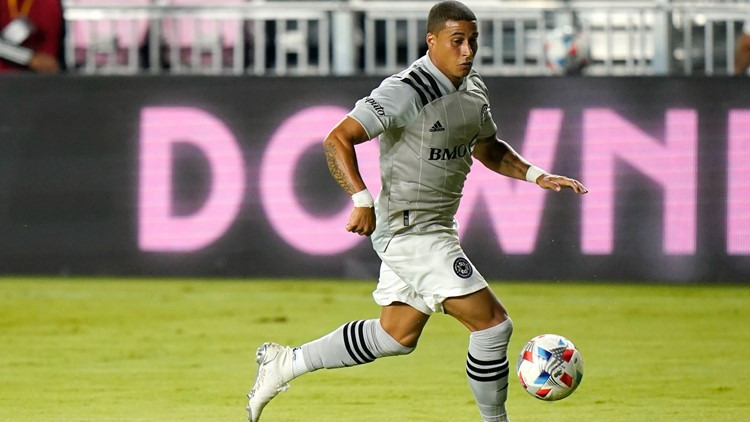 Crew acquire forward Erik Hurtado in trade with CF Montreal