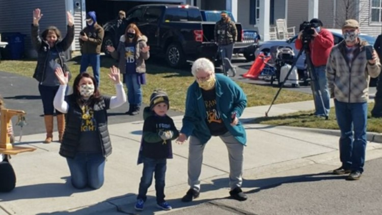 6-year-old Hilliard boy gets parade after completing final chemo treatment