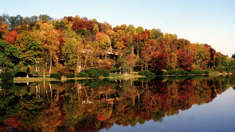 Spotty fall color should start to arrive in places in the next week