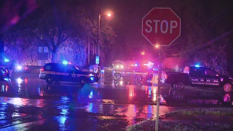 2 people shot and killed on Chatterton Road