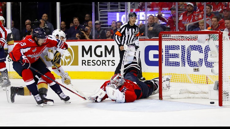 Capitals Flying High Up 2 1 On Vegas In Stanley Cup Final 10tv Com
