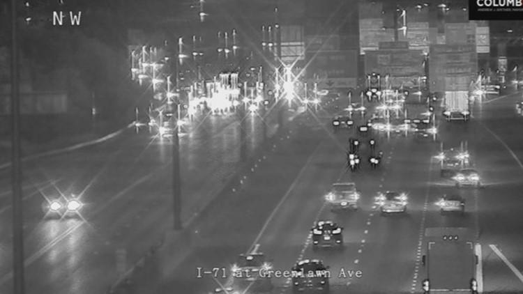 I-71 South closed at Greenlawn Ave for crash involving 3 cars