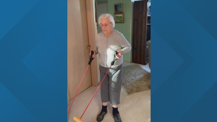 100-year-old Columbus woman inspiring others to stay fit