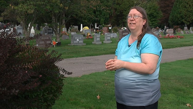 'He's a liar': Woman shares experience with man accused of operating illegal funeral business