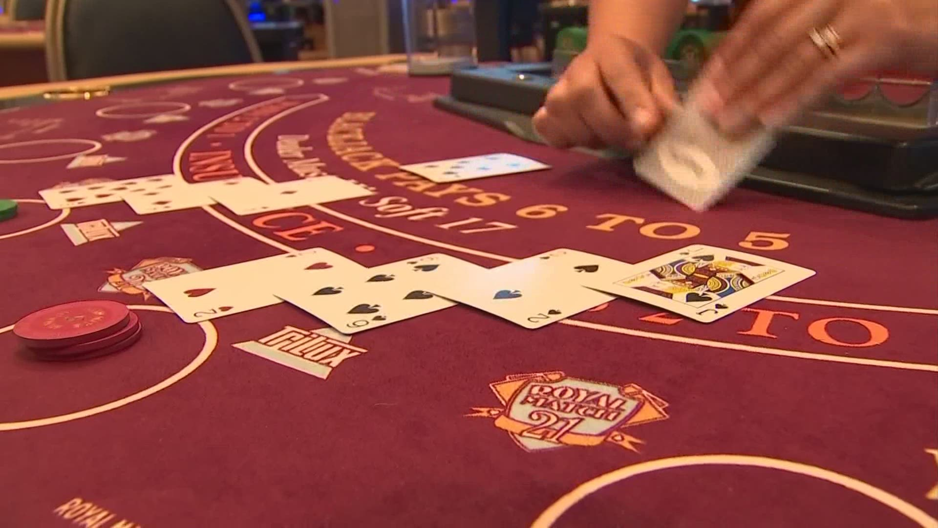 Gambling addict talks dangers of casinos reopening in Ohio | 10tv.com