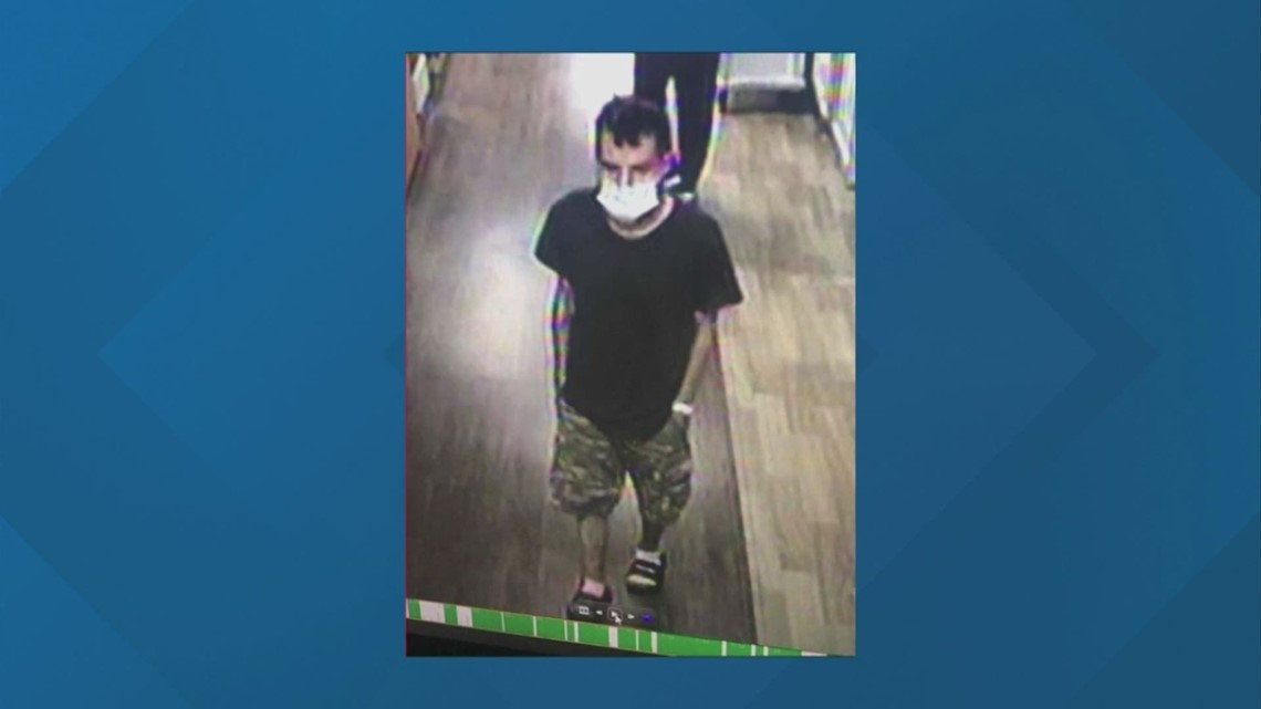 Franklin County Sherrif's Office searching for man who took car with child inside