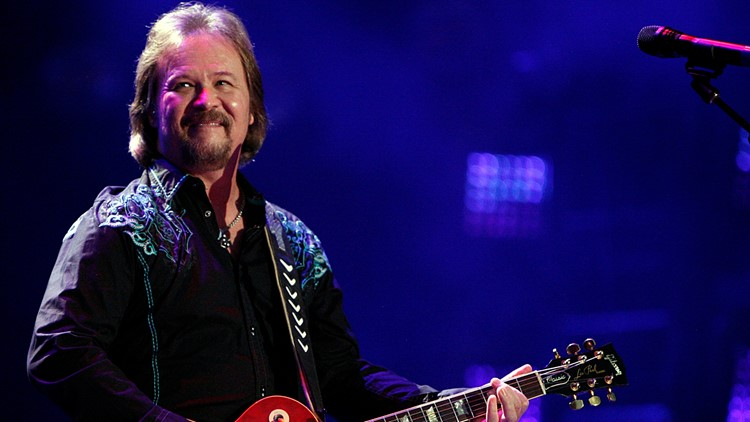 Country singer Travis Tritt cancels shows at venues requiring proof of COVID vaccine, masks