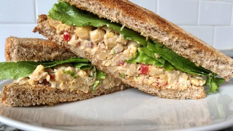 Brittany's Bites: Chickpea Salad Sandwiches