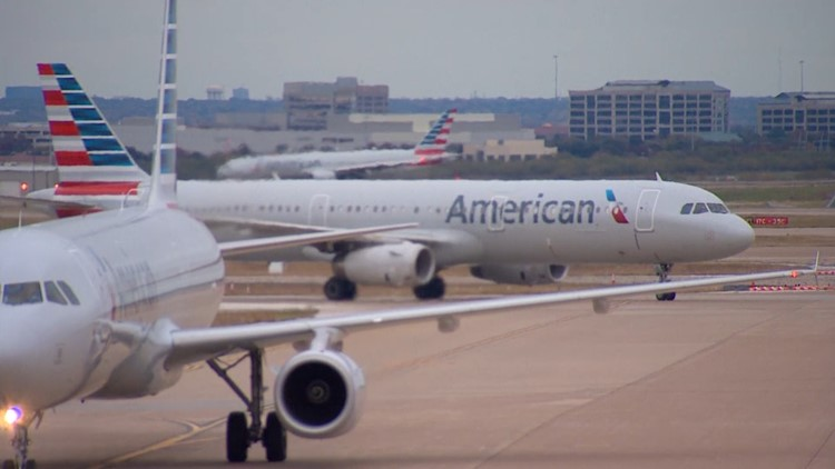 American Airlines cancels hundreds of flights this weekend amid weather, labor shortages, increase in customer demand