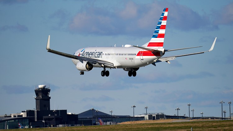 Airport crowds, airline ticket sales show travel recovering