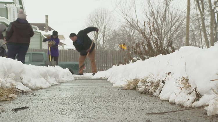 Kentucky teens shovel driveways for elderly and single moms