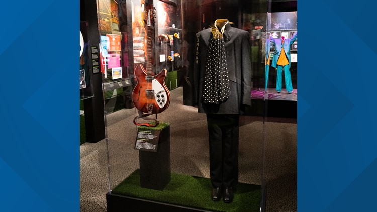 Rock & Roll Hall of Fame gets Tom Petty items ahead of Induction Ceremony