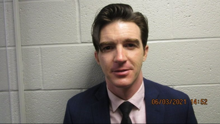 Drake Bell of Nickelodeon's 'Drake and Josh' charged with crimes involving a 15-year-old girl in Cuyahoga County