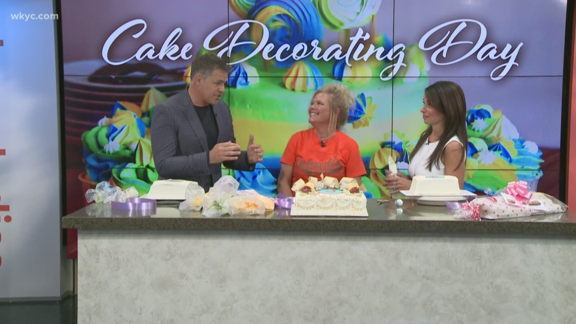Superb Lunch Break Gets A Lesson On National Cake Decorating Day Funny Birthday Cards Online Alyptdamsfinfo
