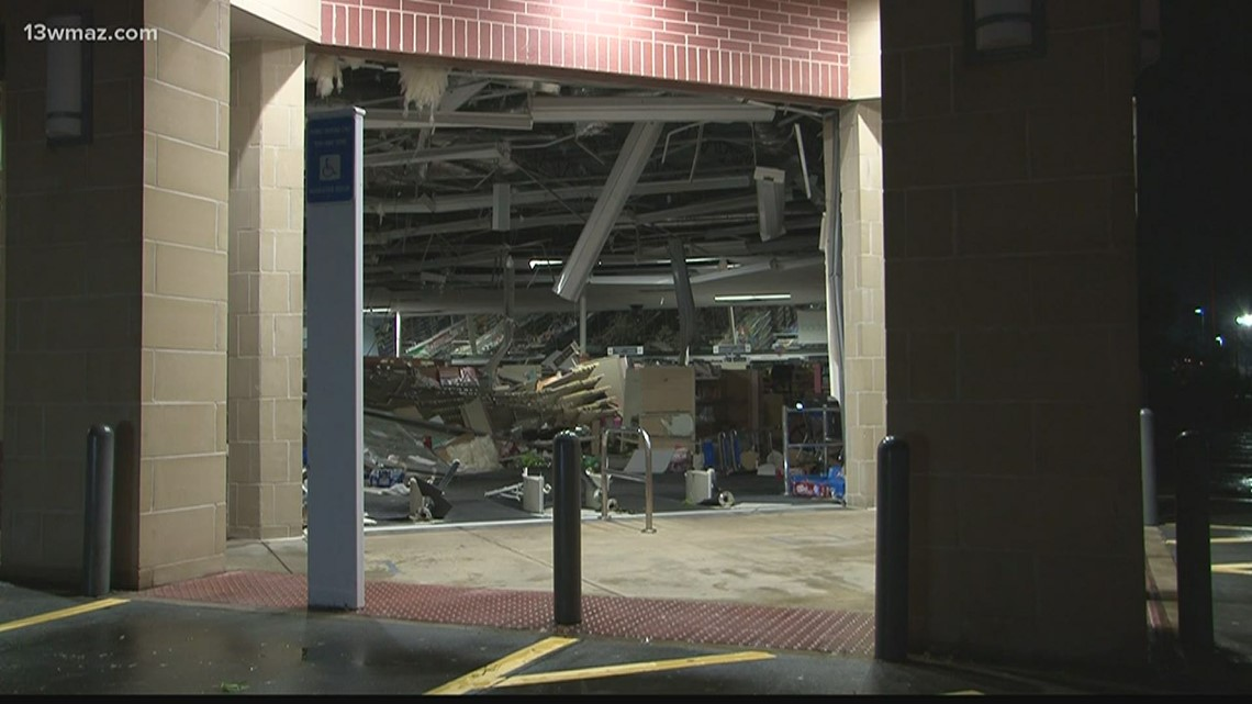 Macon Walmart Walgreens Damaged By Severe Storms Wqad Com