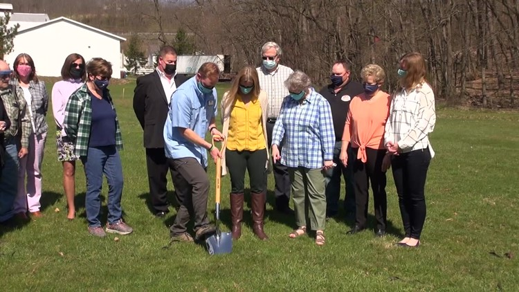 Library breaks ground on new pavilion in Wyoming County