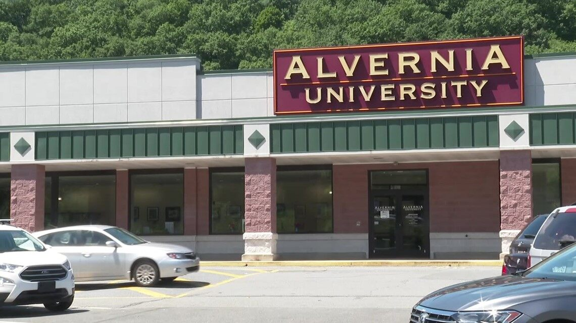 Grocery store building to become college campus