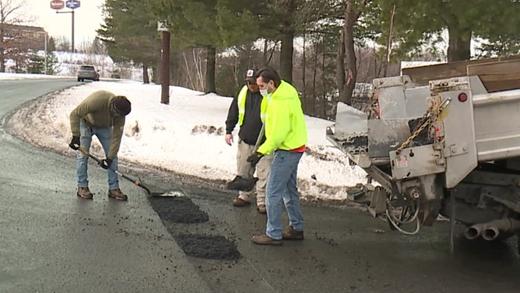Scranton DPW patching potholes