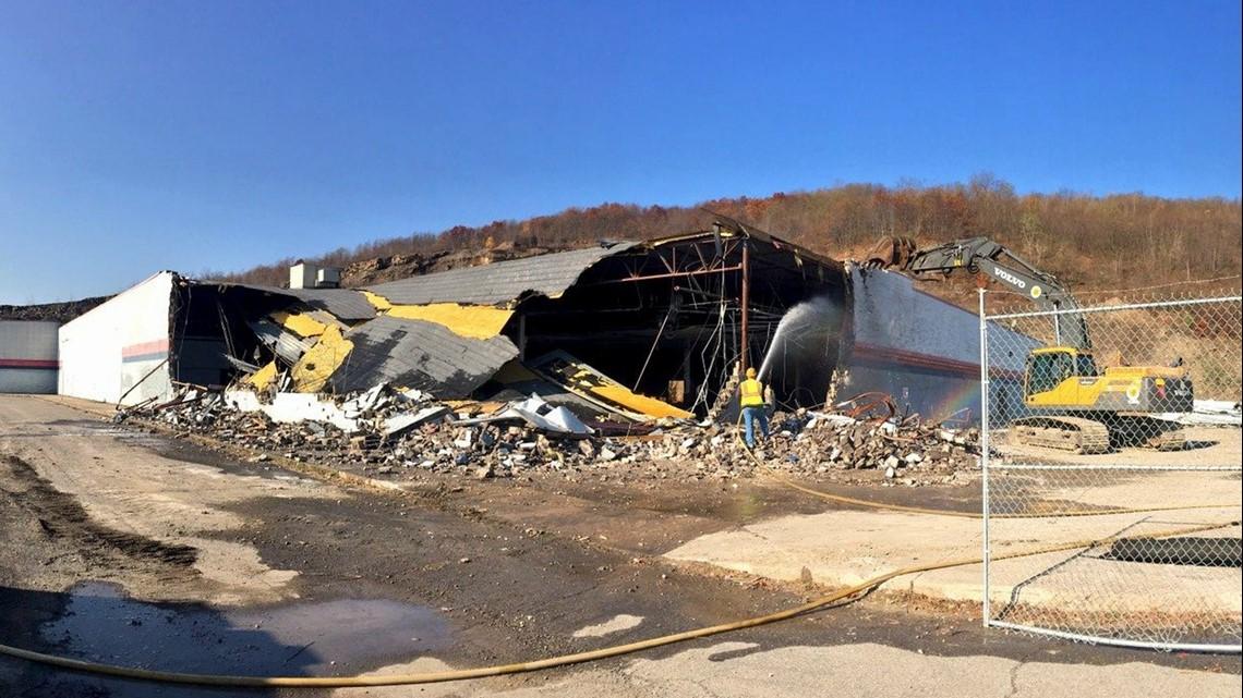 Abandoned Dickson City Walmart Coming Down Wnep Com