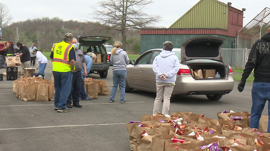 Volunteers hold food distribution in Luzerne County