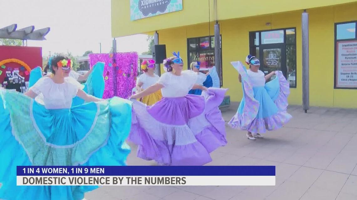 Día de los Muertos event honors Iowans lost to domestic violence