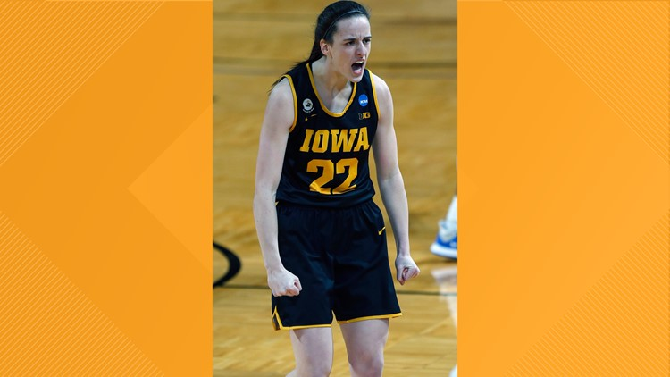 Caitlin Clark scores 35 as Iowa beats Kentucky 86-72, now in Sweet 16