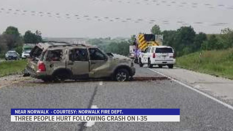 3 ejected from car in Interstate 35 accident near Norwalk, says fire department