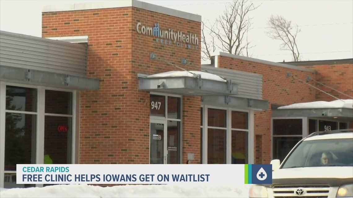 Cedar Rapids clinic helps Iowans get on vaccine waitlist