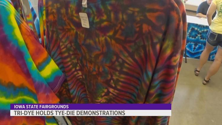 Tri-Dye tie dye demonstration at the Iowa State Fair
