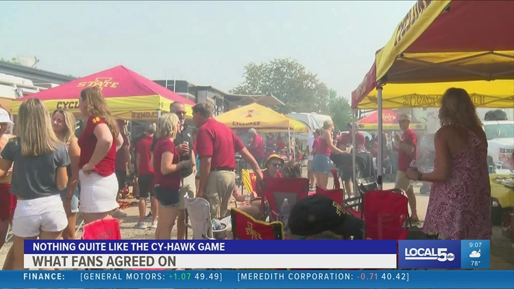 Fans celebrate the return of the CyHawk game