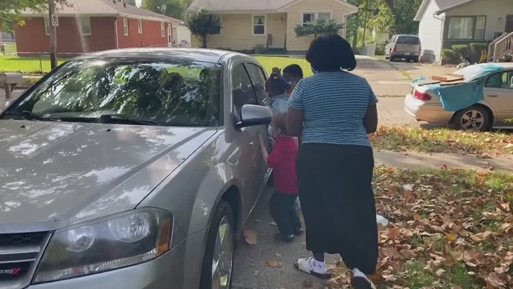 Des Moines woman given new car after battling homelessness