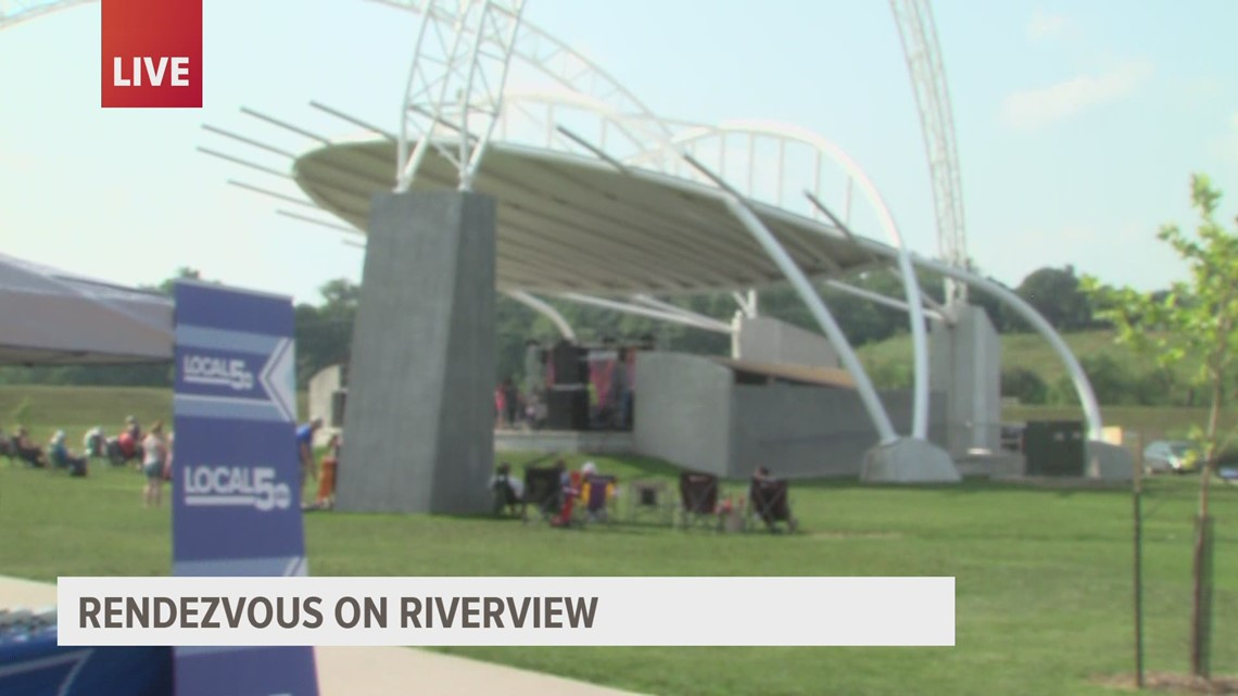 Kicking off the holiday weekend with 'Rendezvous on Riverview'