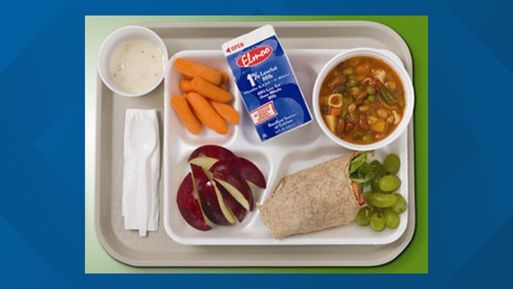 Des Moines Public Schools to offer free meals to all students during 2021-22 school year