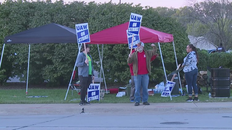 'The strike is the test of the power relationship': Loyola professor says John Deere strike could impact Iowa communities