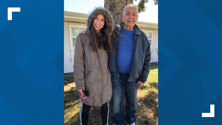 Fort Dodge grandfather surprised by visit from granddaughter after getting vaccine