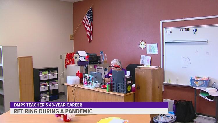 Des Moines Public Schools teacher retires after 43-year career