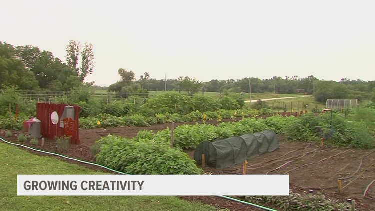 Central Iowa nonprofit rooting for students by growing produce for donations